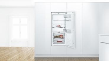 Bosch Kühlschrank Mit Kellerfach : Bosch kif ad smartcool einbau kühlschrank flachscharnier
